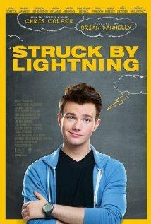 Este chico cada vez me gusta más. Y no, su papel no tiene nada que ver con el que hace en Glee.